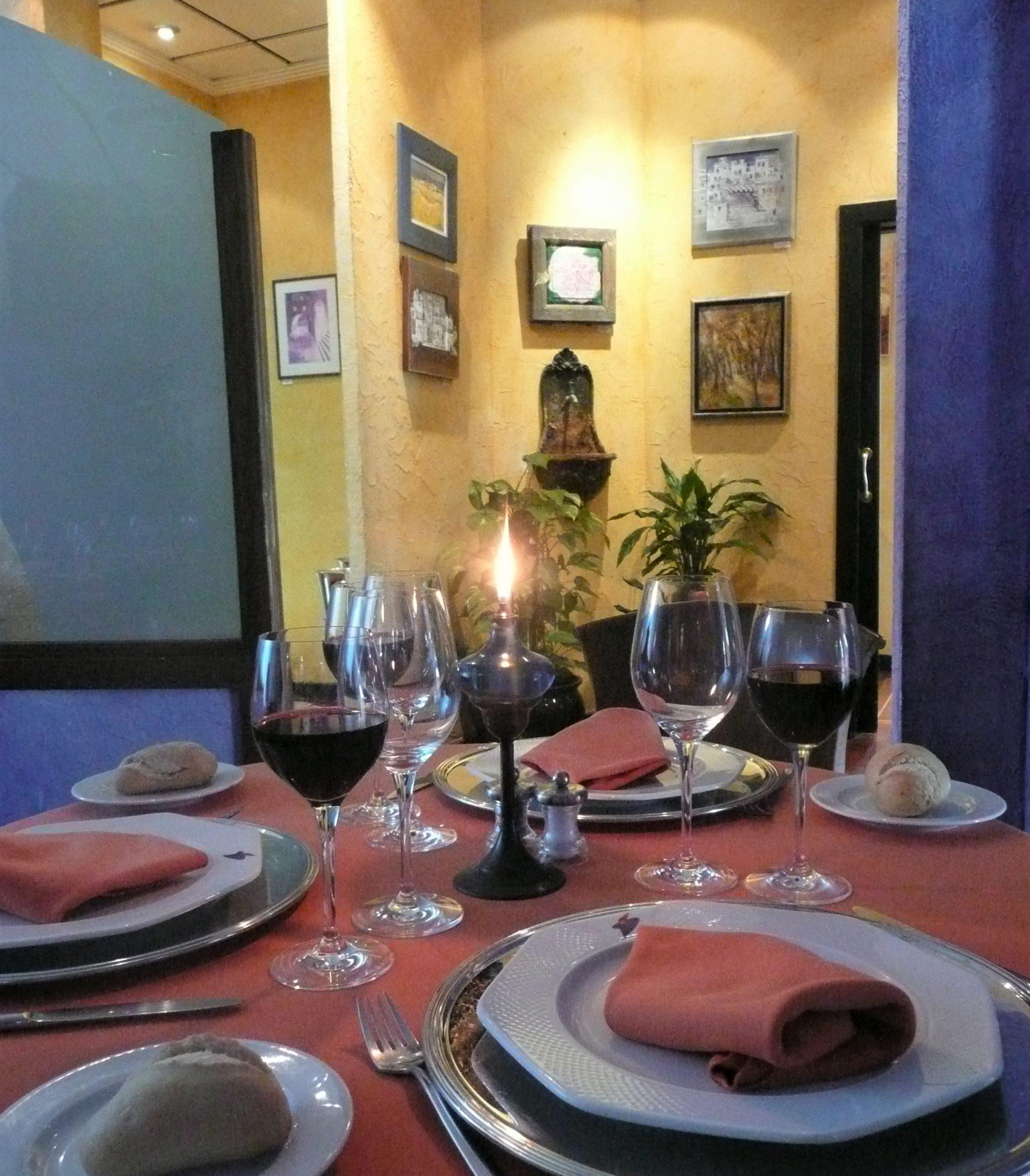 salon interior restaurante azul tikar garrucha