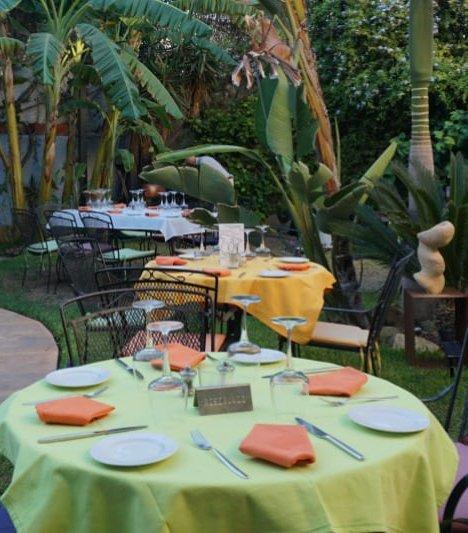 mesas jardín restaurante tikar